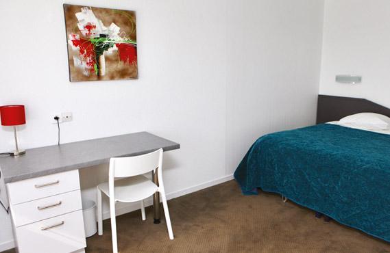 Chambre dans les appartements des Demeures de Borda 1